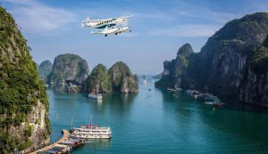 Khám phá vịnh Hạ Long bằng thủy phi cơ